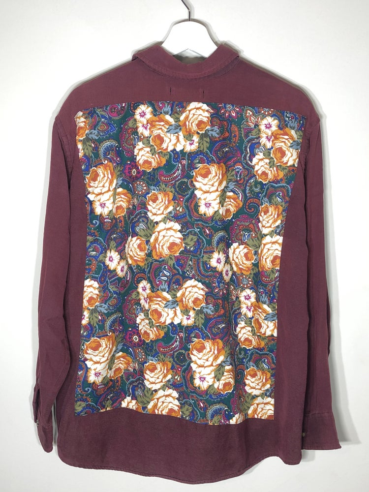 Image of Lightweight floral buttonup