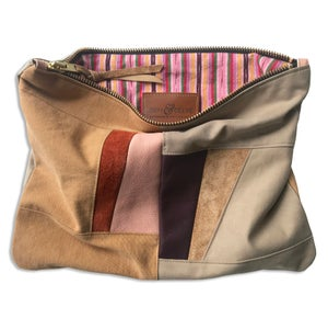 Image of SHAPESHIFT POUCH - WARM
