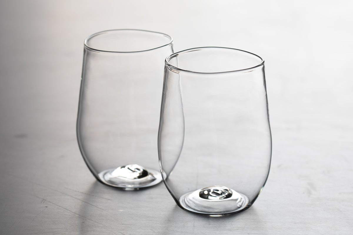 Image of pair of Vino Rosso