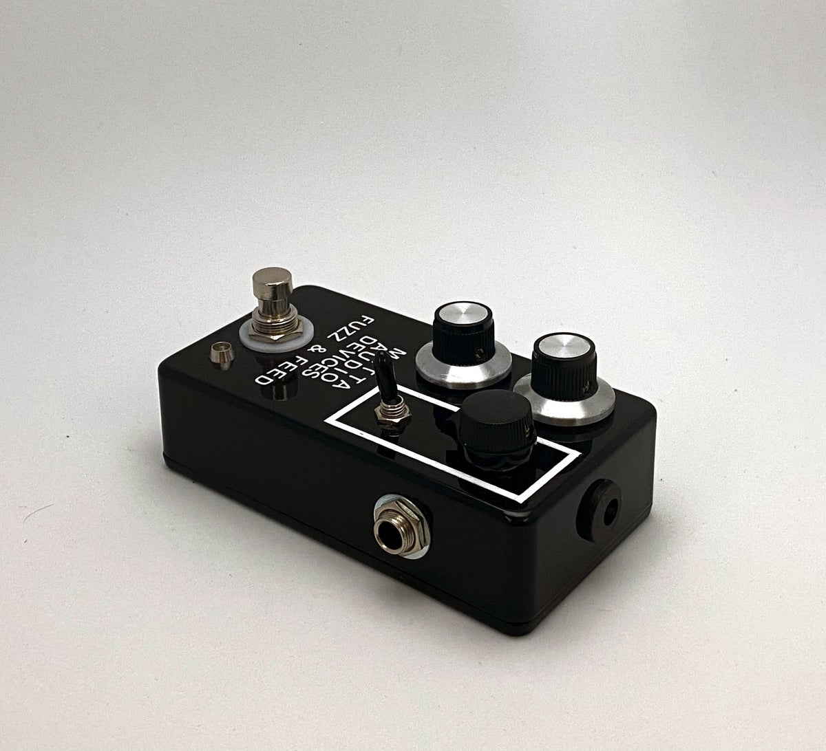 Image of Metta Fuzz & Feed / Fuzz and Feedback Oscillator Device