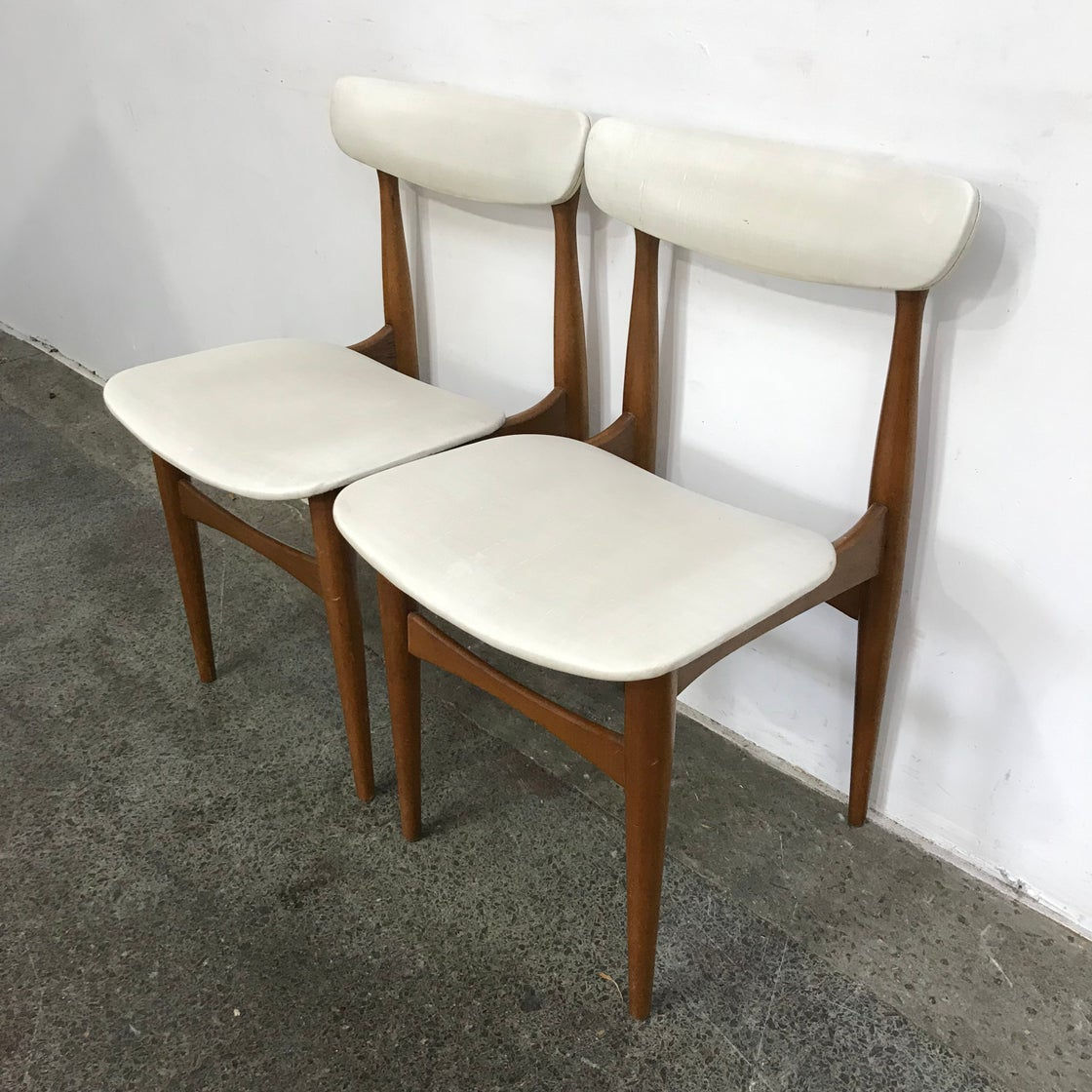 Image of PAIR OF ELITE DINING CHAIRS