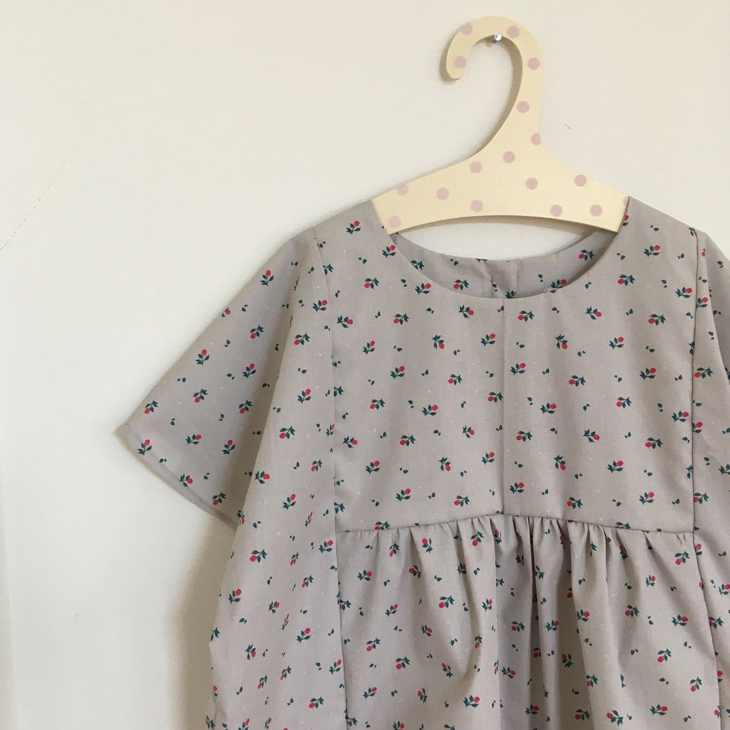 Lucie Blouse-little vintage flowers