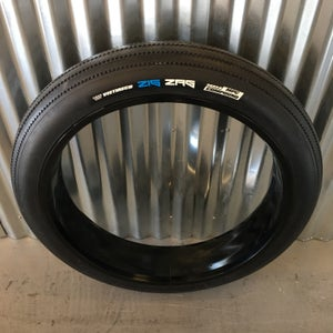 Image of 26 x 4 ZIG ZAG tire