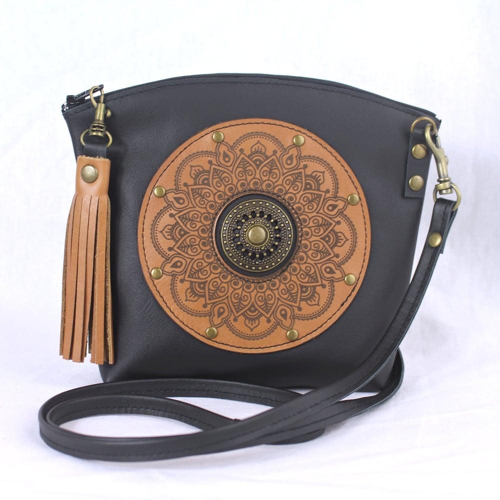 Image of Leather Dance Bag - Curved Mandala Ring Black & Tan