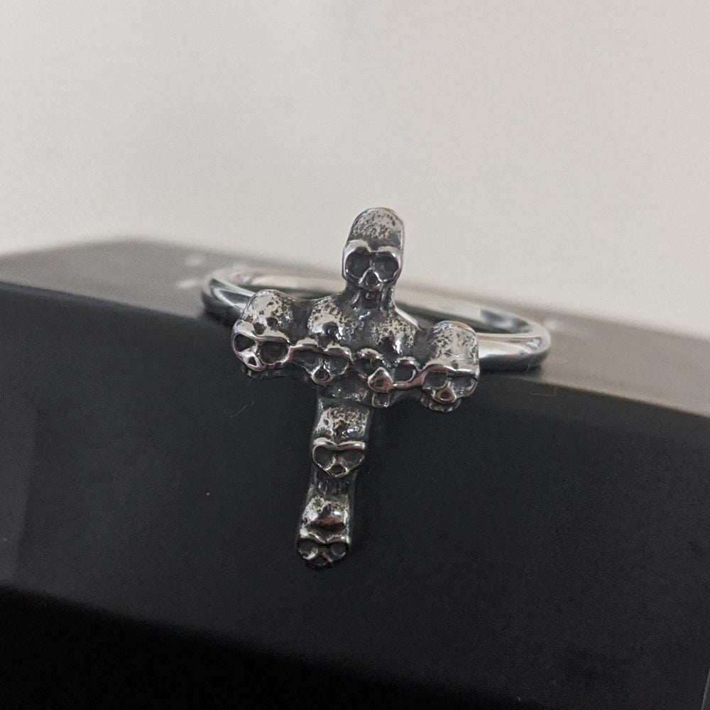 Image of The Collector Ring