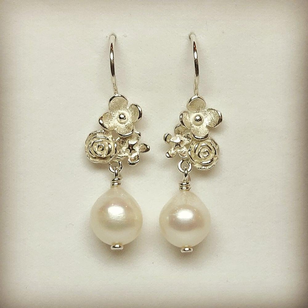 Beeld van Flower power pearl