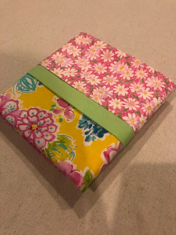 Image of Pink flowers with daisies pillowcase