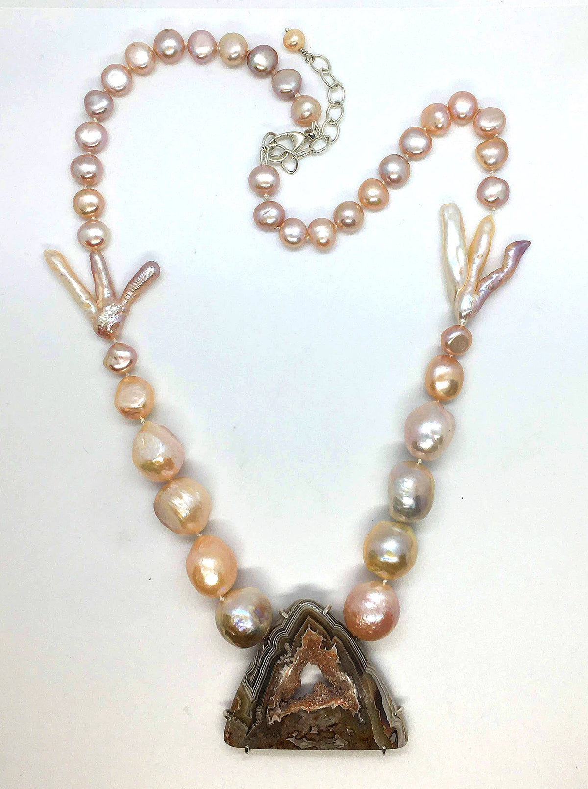 Image of Pearl Necklace with Agate Druzy Centerpiece