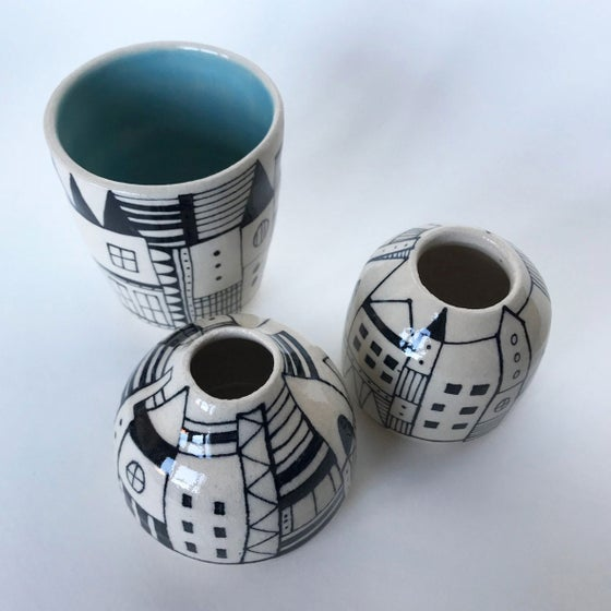 Image of Stoneware pots various prices