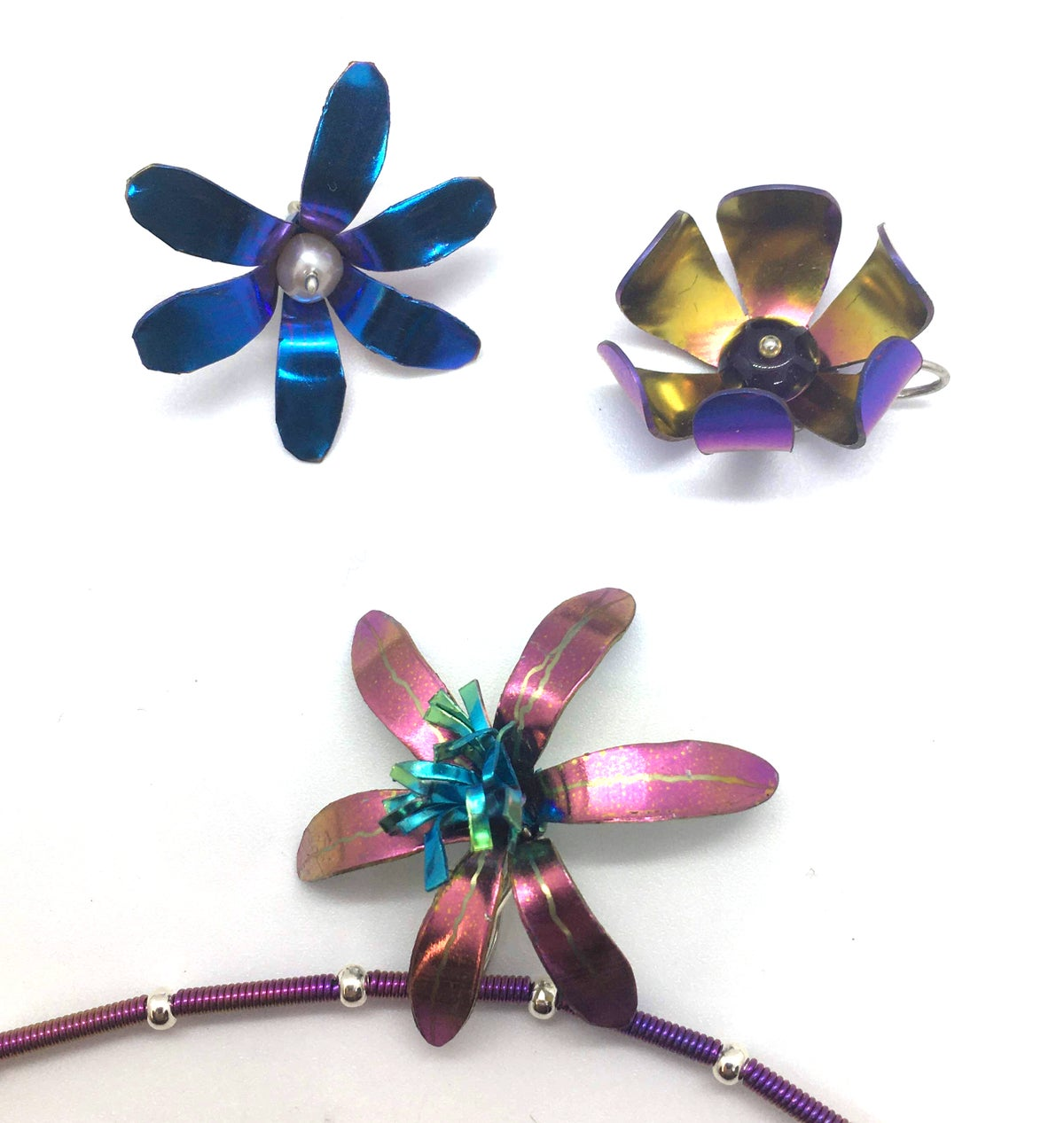 Image of Niobium Flower Pendants