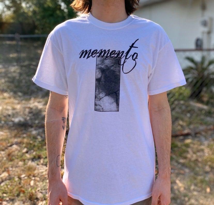 Memento. tee