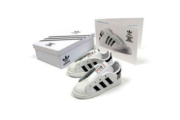 newest 82f91 2478f Run-Dmc Adidas Superstar 35th Anniversary (mini shoe)