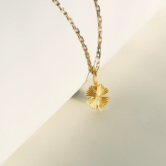 Image of MYA NECKLACE / 24K GOLD-COATED SILVER