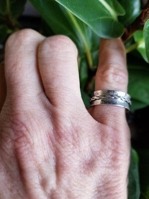 Flared Spinner Ring sz 6