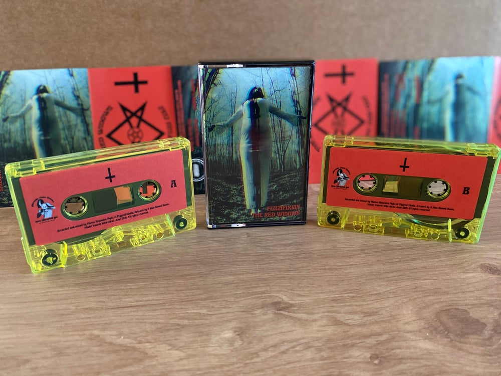"Image of THE RED WIDOWS ""Fuzzifixion"" Tapes Edition"