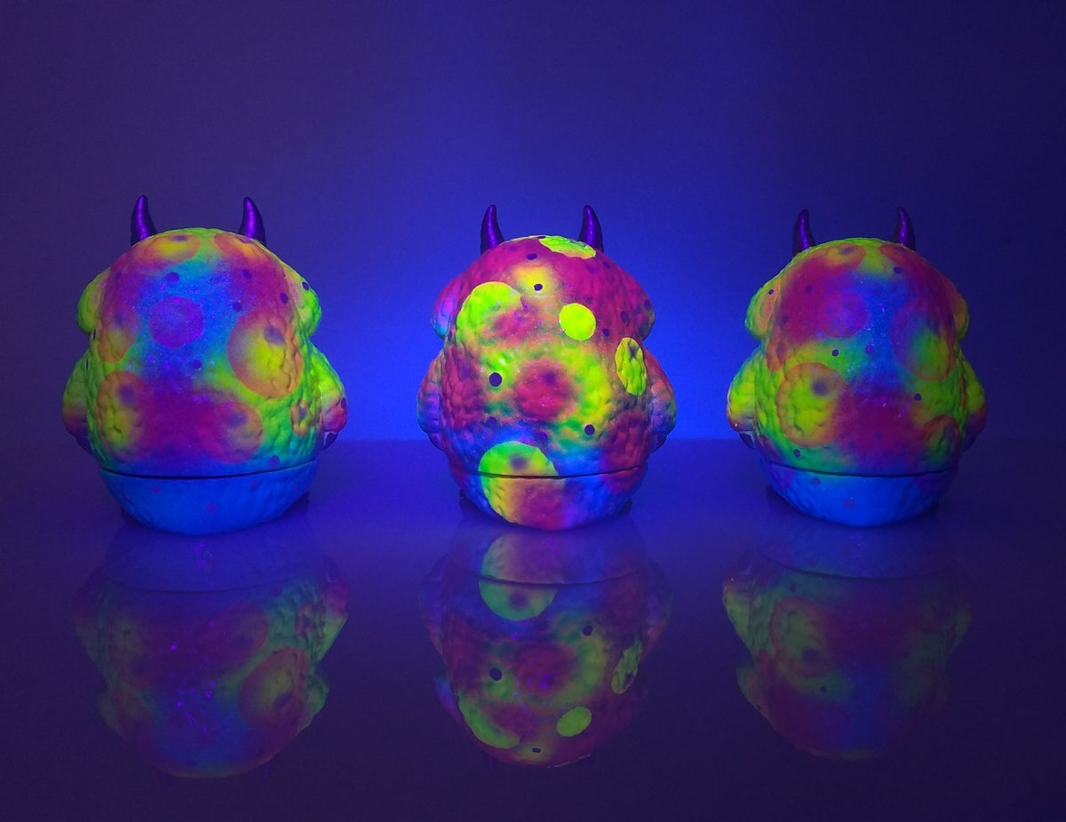 Image of Neon Bubles Pooka Customs