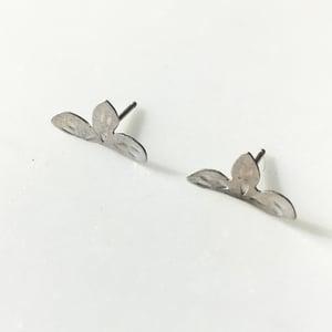 Image of lark earring