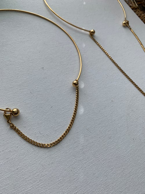 Image of CURVES • Circle Necklace