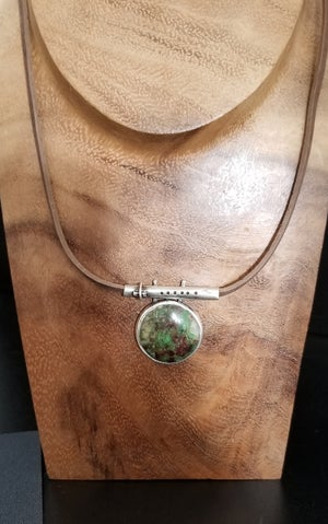 Flute Necklace with Green Stone