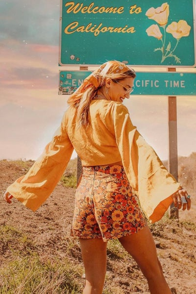 Image of Highway shorts in Come and get your love (orange)
