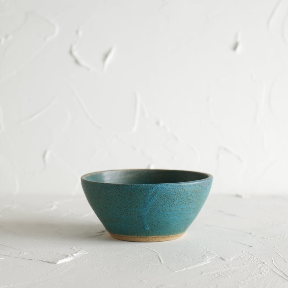 Image of Turquoise waters bowl 4