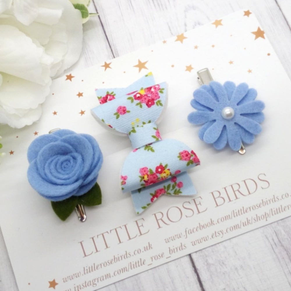 Image of Blue Floral Bow Set