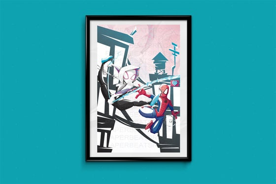 Image of Spiderman and Spidergwen