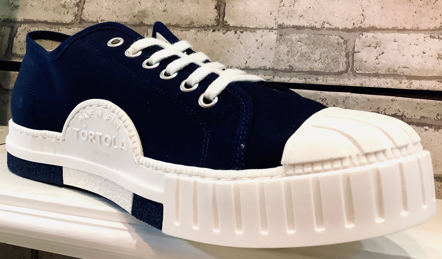 Image of Tortola lo top navy sneaker shoes made in spain