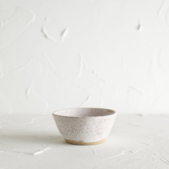 Image of Matte white vessel 4
