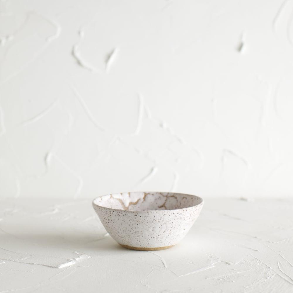 Image of Matte white vessel 5