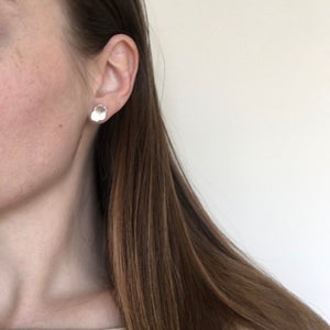 Image of mini fleck I earring