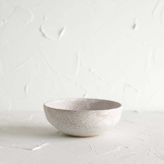 Image of Matte white bowl 6