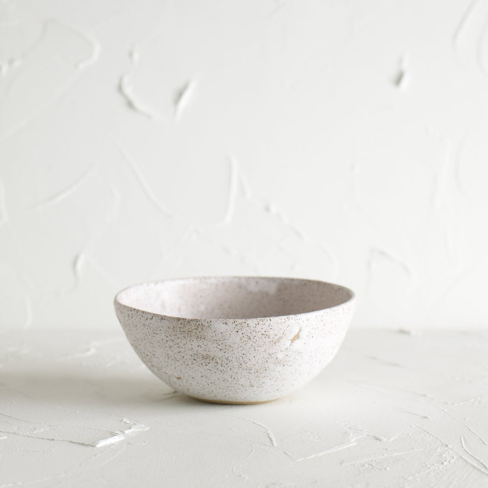 Image of Matte white bowl 8