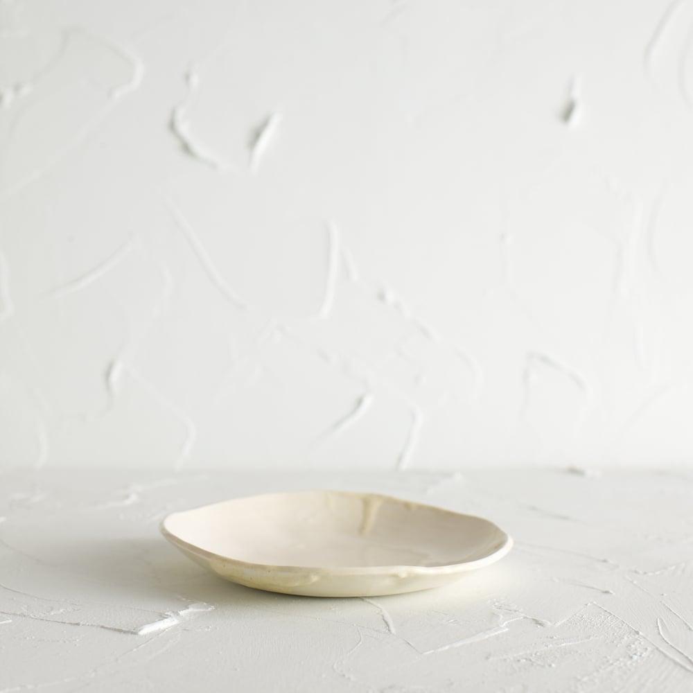Image of Satin cream desert plate 2