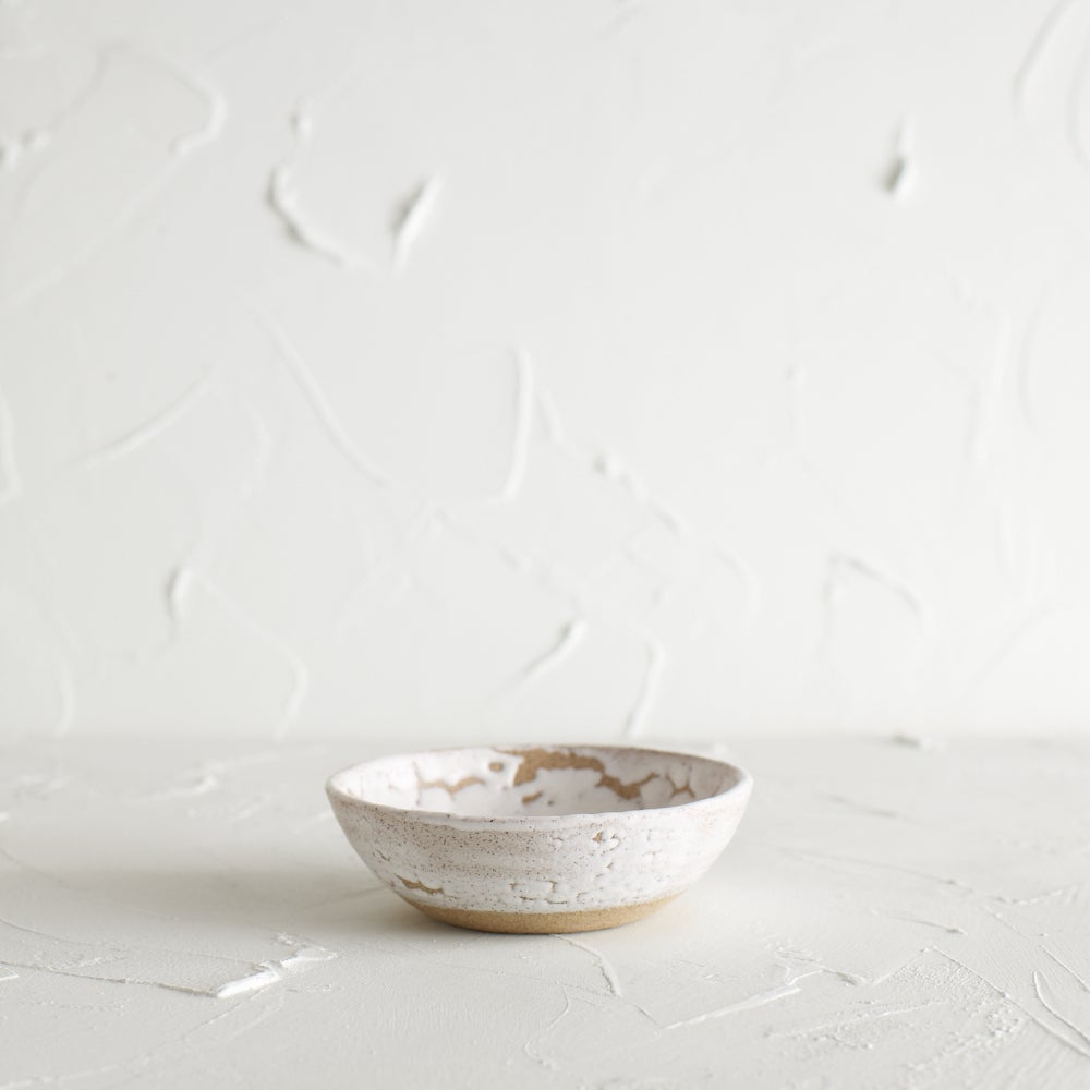 Image of Matte crawly white dish
