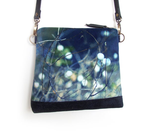Image of Velvet shoulder bag with crossbody leather strap, snowberries