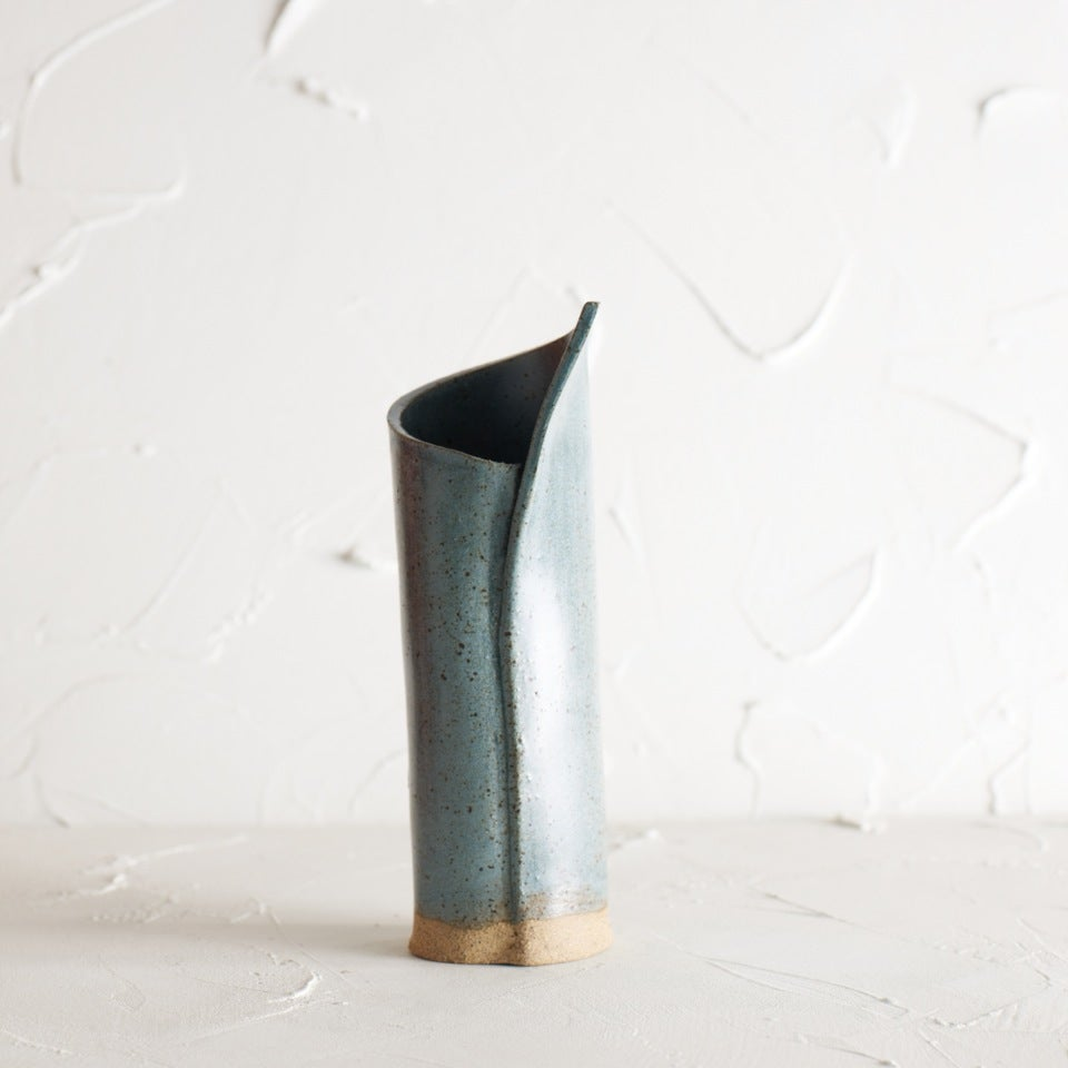 Image of NEW!! Metallic blue vase 2