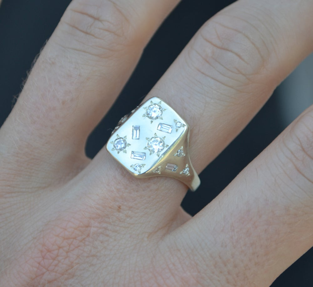 Image of Diamond Florentine Ring