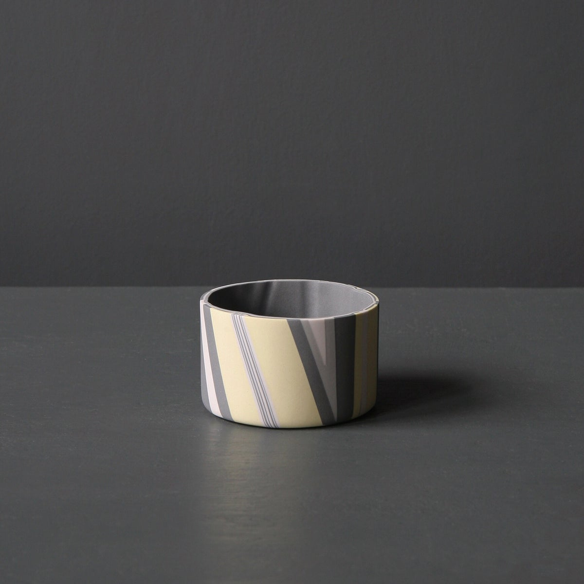 Image of Yellow and grey Medium Inlay Detail Vessel