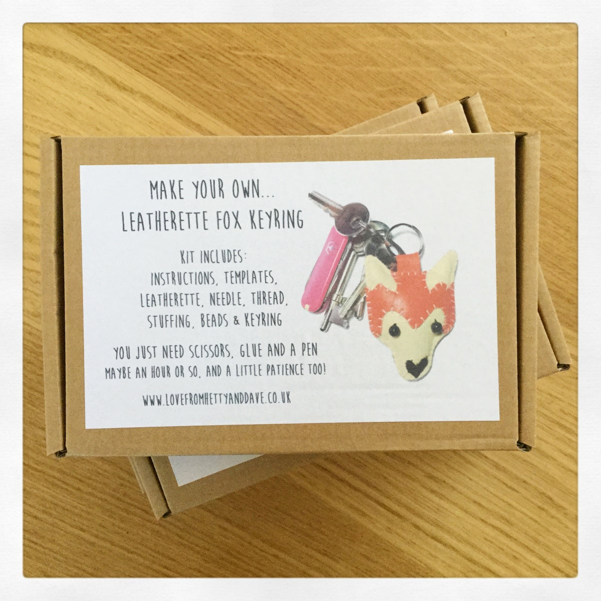 Image of Fox Keyring Kit