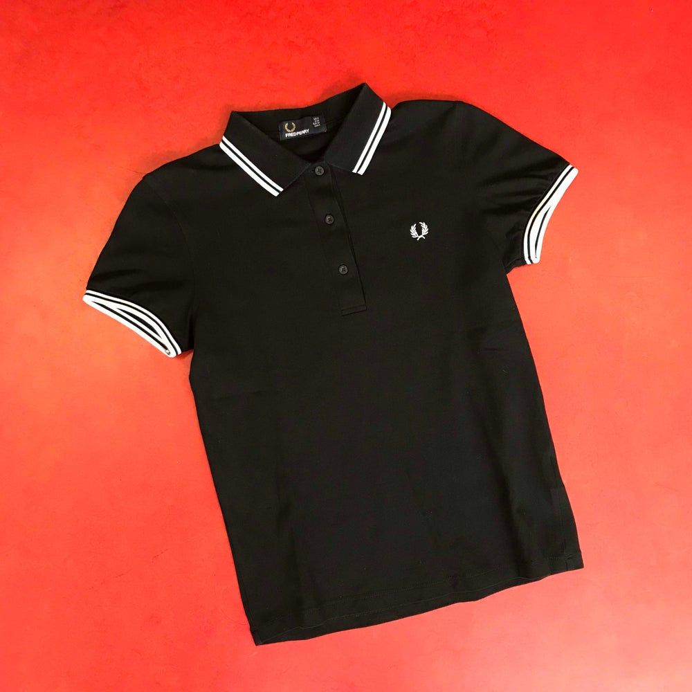 Image of SECONDHAND FRED PERRY SHIRT