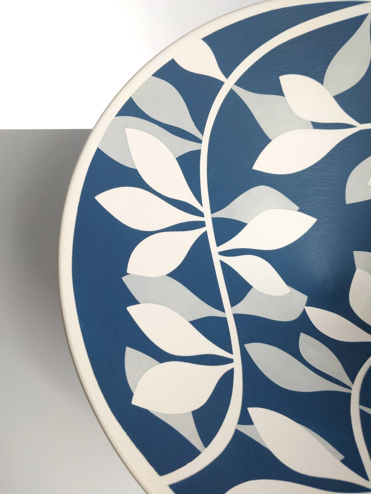 Image of Large Sea Blue, Grey & White Leaf Bowl
