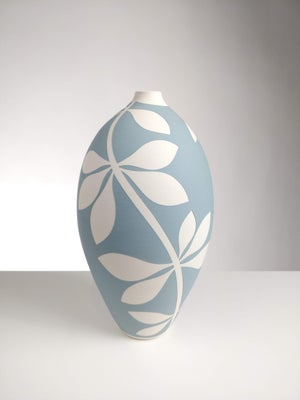 Image of Large Blue-Grey & White Leaf Vessel