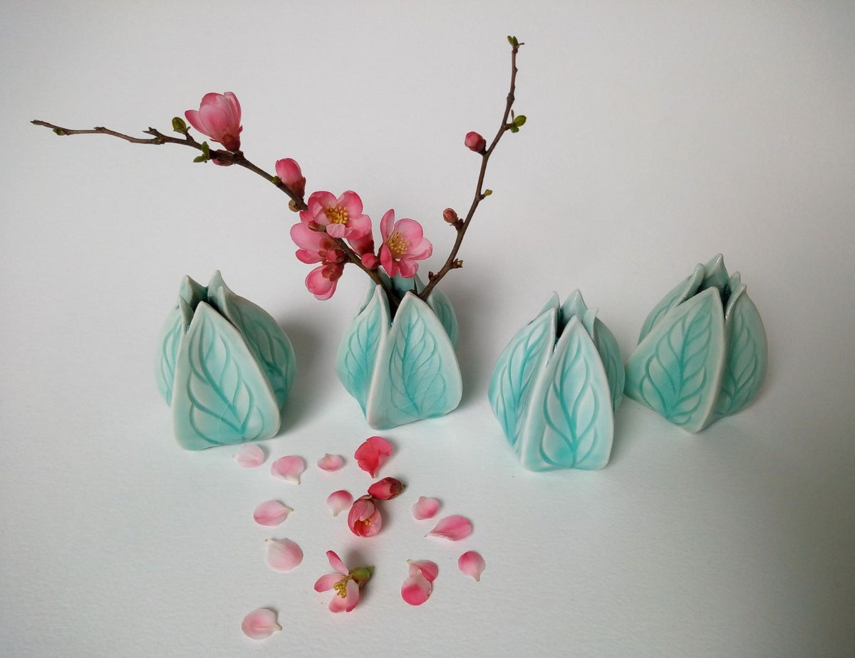 Image of [Physalis Verte] x [Vase Objet d'Art]