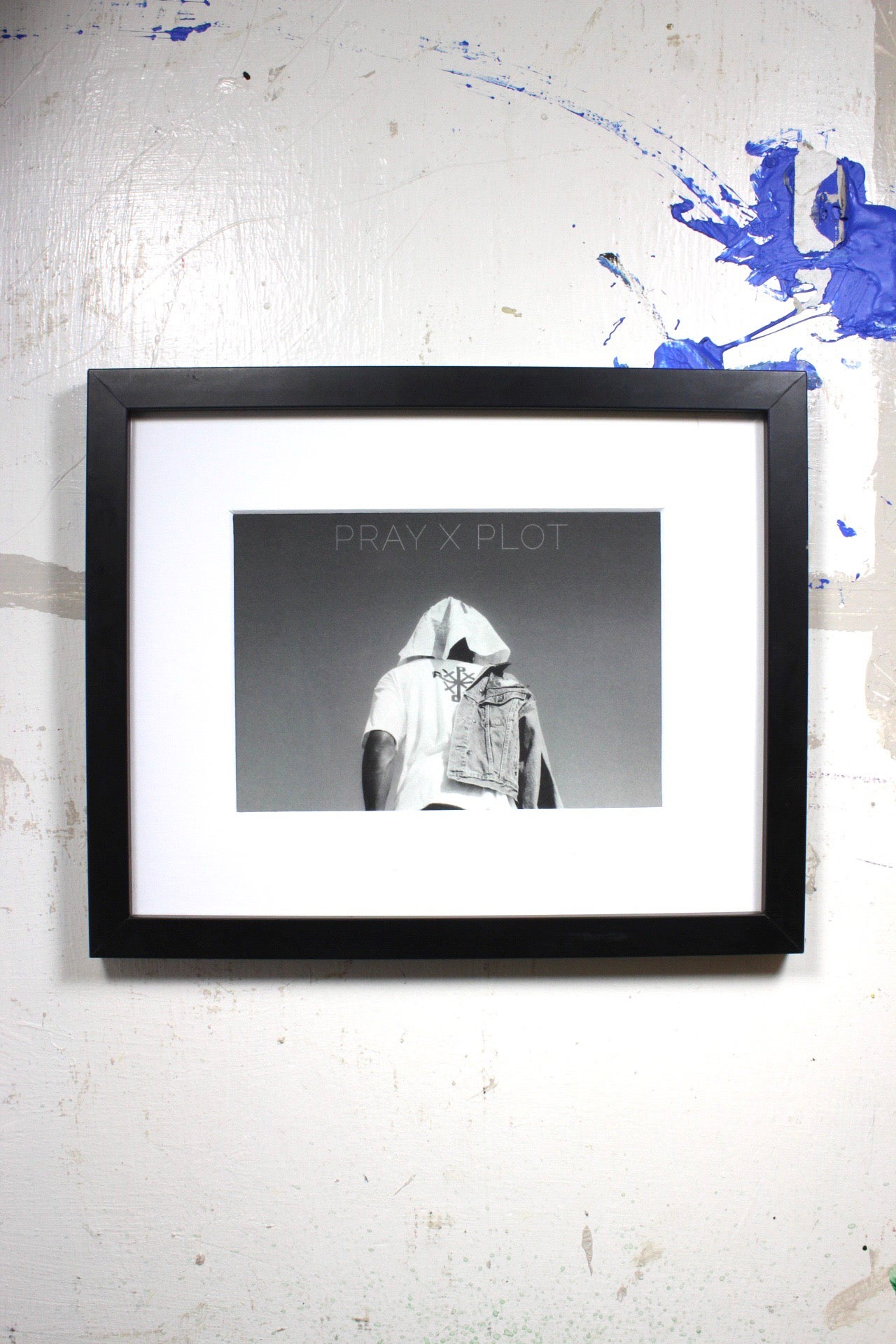 "Image of ""stand out"" 9in x 11in framed photo shot by @holidaylens"