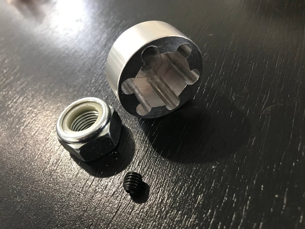Ruckus rear Nut cover