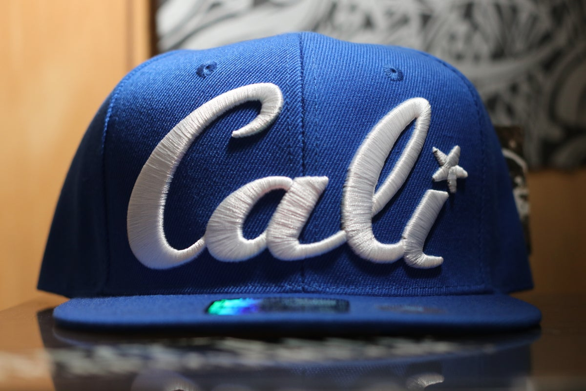 Image of Men's Cali SnapBack Hats (2 Designs)