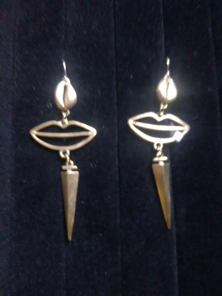 Image of Bronze Ear-Rings (1)