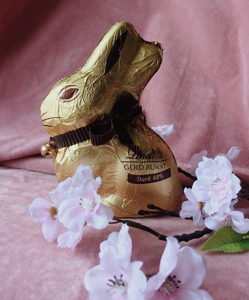 Image of Lindt Bunny Dark, Milk and White Chocolate