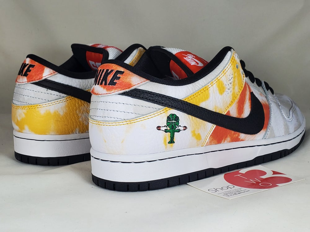 Image of Nike SB Dunk Low Pro QS White Ray Gun